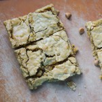 Butterscotch Granola Blondies