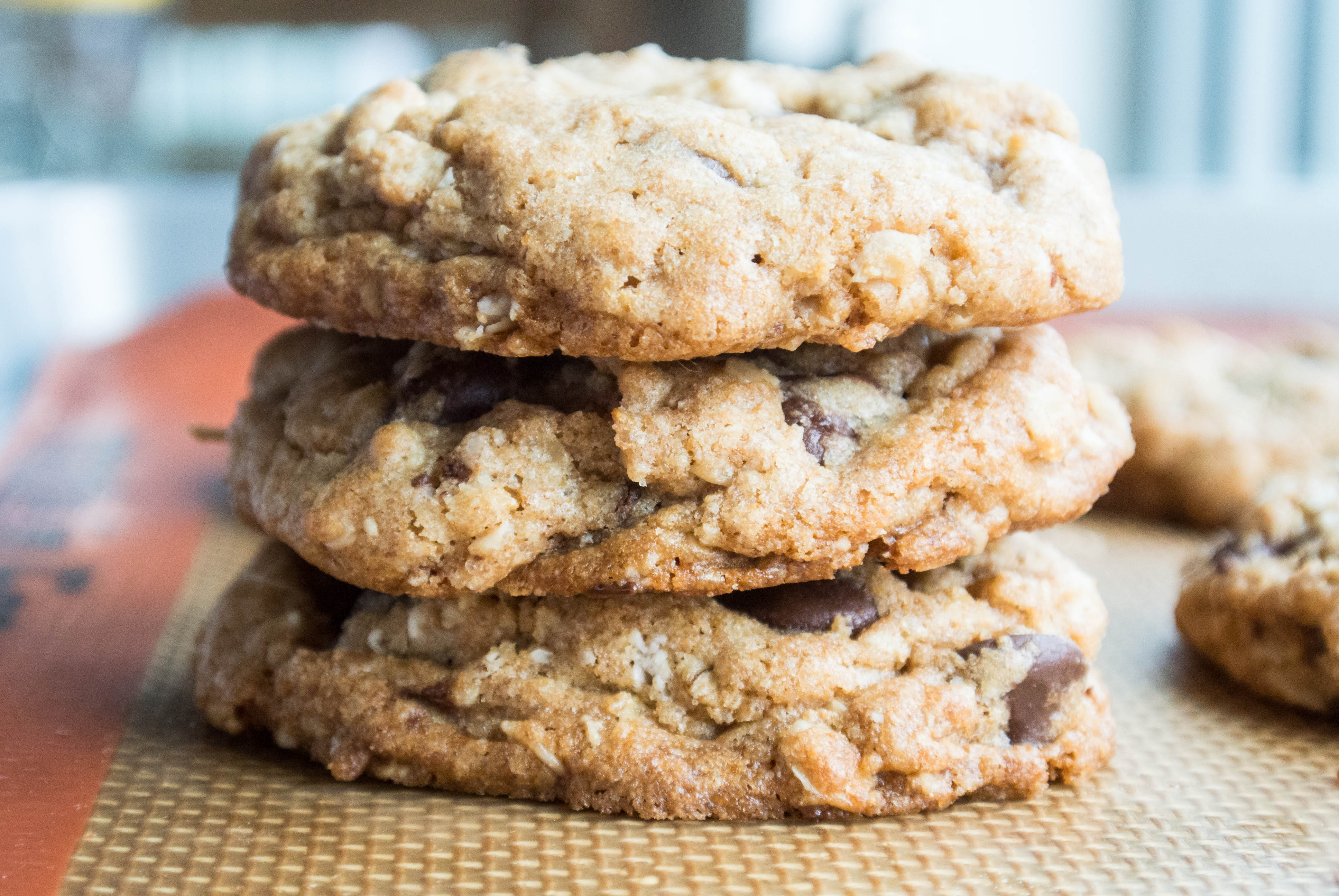 Oatmeal raisin cookie recipe with coconut oil