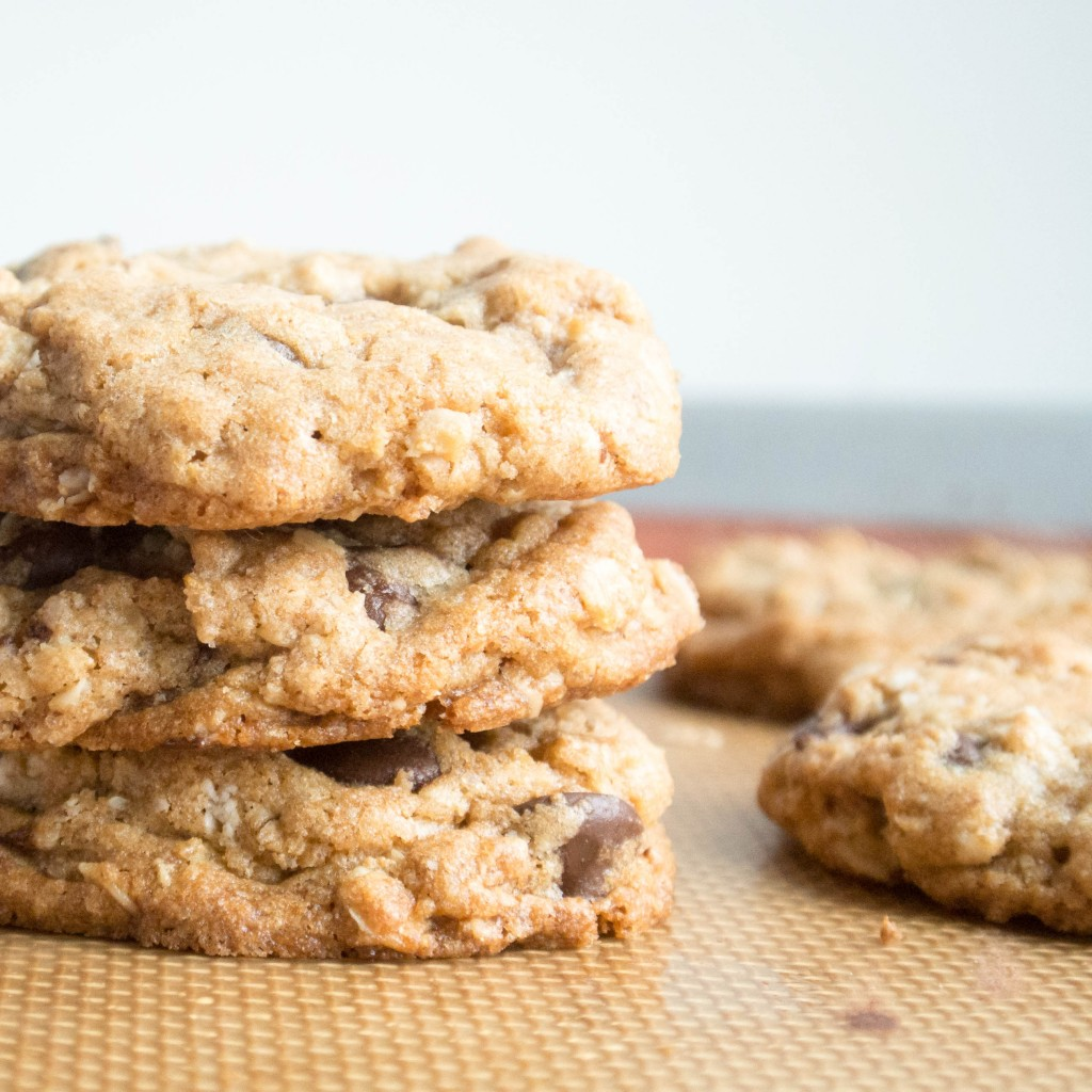 Chocolate Chip Oatmeal Coconut Oil Cookies-4