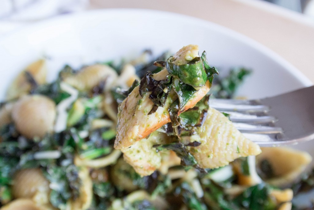 Spinach Caesar Pasta with Charred Kale-5