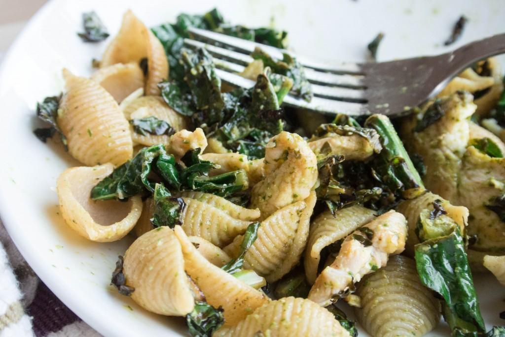 Spinach Caesar Pasta with Charred Kale-8