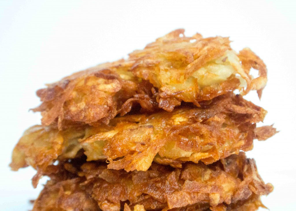 Latkes. Potato Pancakes. Potato Latkes.