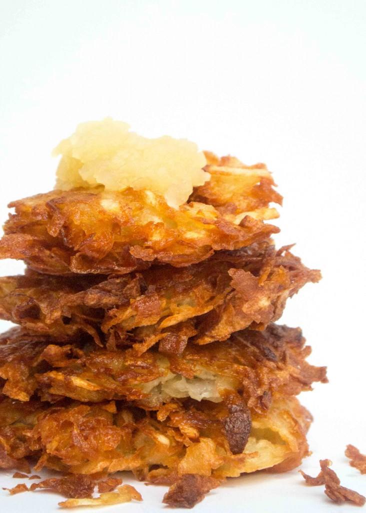 Latkes. Potato Pancakes. Potato Latkes.